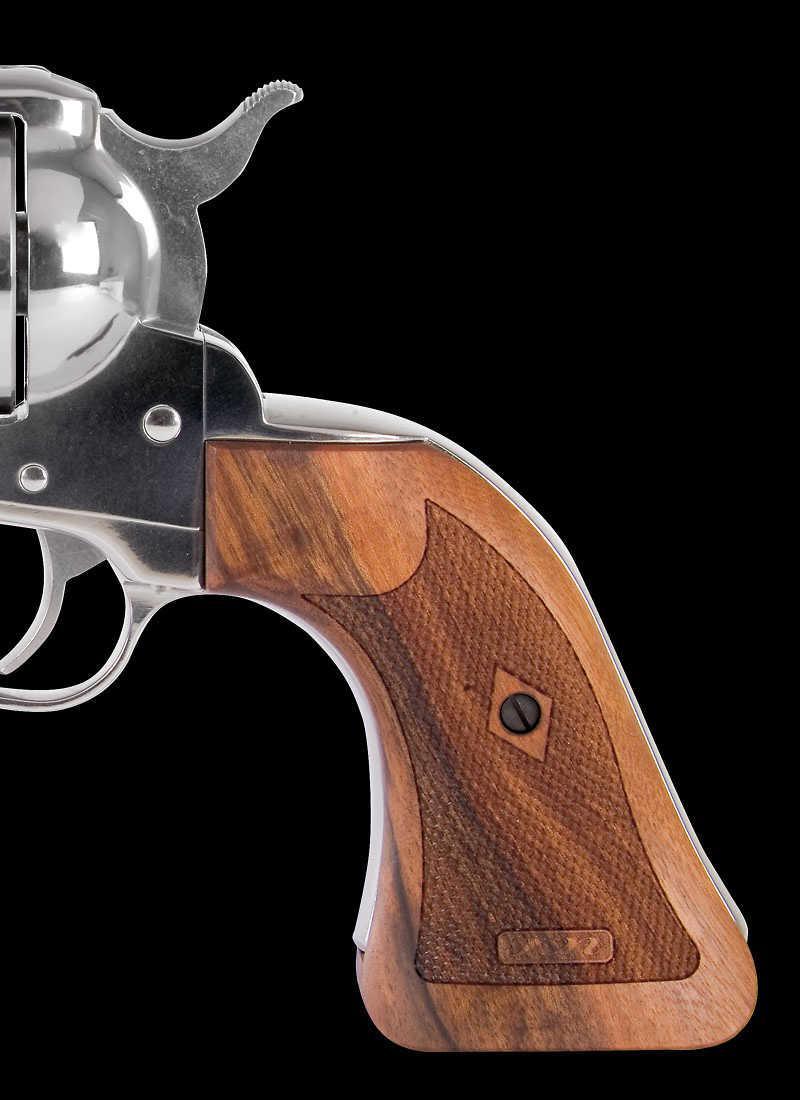 Karl Nill Maßgriffe | Verschiedene Nachbildungen für Revolver